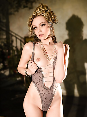 Showy Beauty  Lily  Erotic, Solo, Softcore